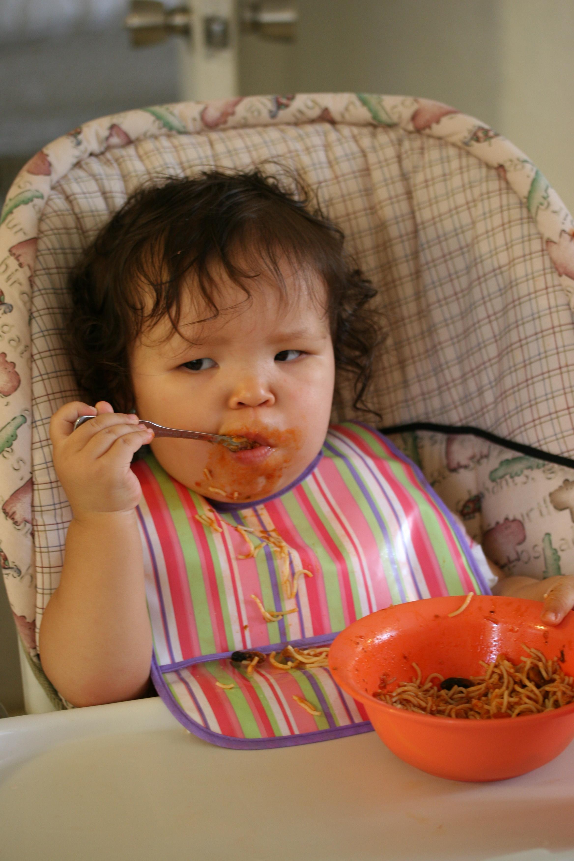 子供がご飯を食べない…ママの対応はどうする?